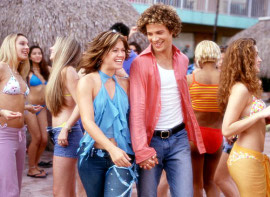 Kelly Clarkson and Justin Guarini in From Justin to Kelly