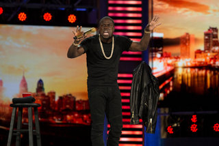 Kevin Hart in Kevin Hart: What Now?