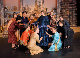 Rochelle Schrader's Anna and the royal wives in The King & I