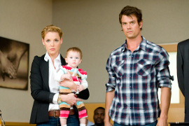 Katherine Heigl, Josh Duhamel, and Alexis, Brooke, or Brynn Clagett in Life as We Know It