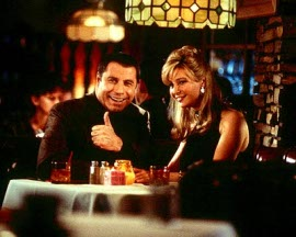 John Travolta and Lisa Kudrow in Lucky Numbers