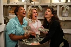 Queen Latifah, Diane Keaton, and Katie Holmes in Mad Money