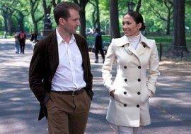 Ralph Fiennes and Jennifer Lopez in Maid in Manhattan