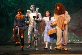 Shane Rumpza, Nate Curlott, Emily Briggs, and Ian Sodawasser in The Wizard of Oz