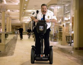 Kevin James in Paul Blart: Mall Cop