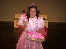 Kelly Anna Lohrenz in Pinkalicious