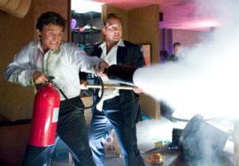 Kurt Russell and Josh Lucas in Poseidon