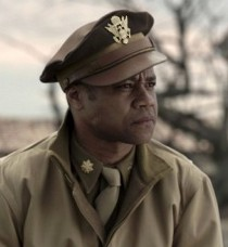 Cuba Gooding Jr. in Red Tails