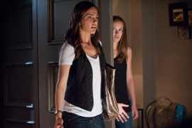 Minka Kelly and Leighton Meester in The Roommate
