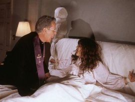 James Woods and Natasha Lyonne in Scary Movie 2
