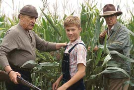 Robert Duvall, Haley Joel Osment, and Michael Caine in Secondhand Lions