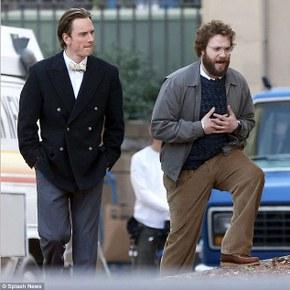 Michael Fassbender and Seth Rogen in Steve Jobs