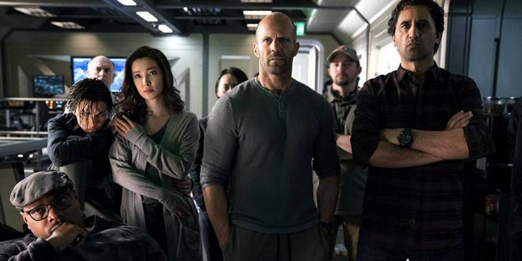 Page Kennedy, Ruby Rose, Bingbing Li, Jason Statham, and Cliff Curtis in The Meg