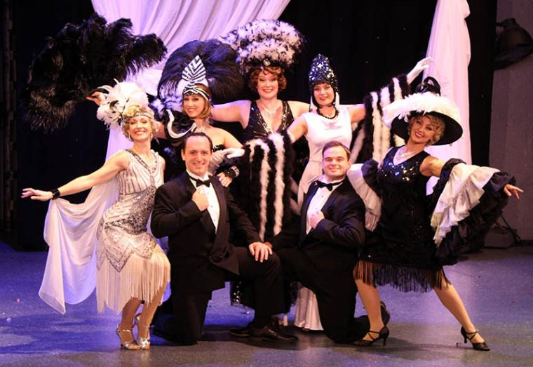 Erin Churchill, Christopher Russell, Amanda Torsilieri, Megan Orlowski, Savannah Strandin, James Garrett Hill, and Millie Martin in Singin' in the Rain