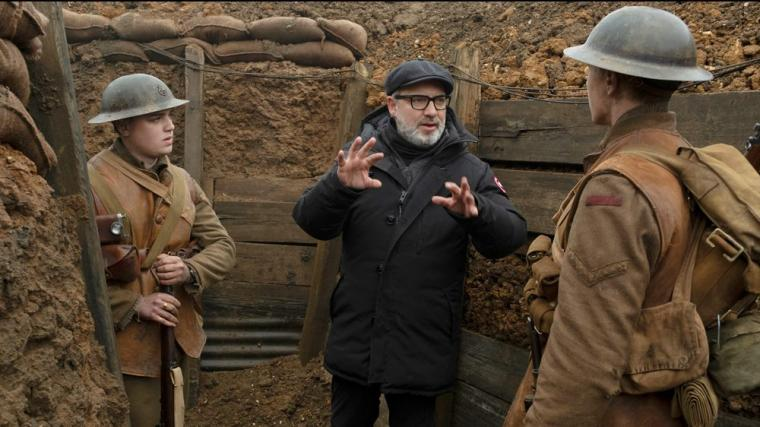 Sam Mendes directs Dean-Charles Chapman and George MacKay in 1917