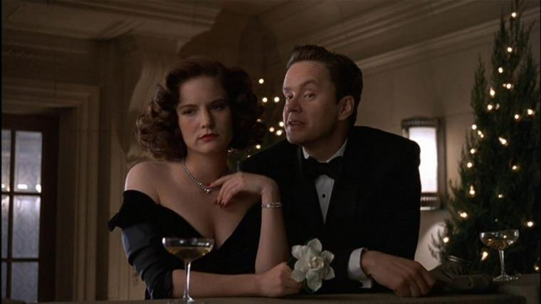 Jennifer Jason Leigh and Tim Robbins in The Hudsucker Proxy