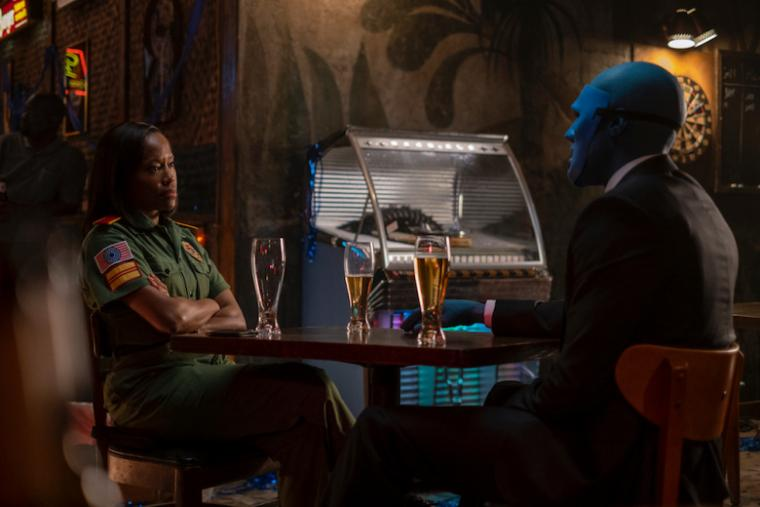 Regina King and Yahya Abdul-Mateen II in Watchmen