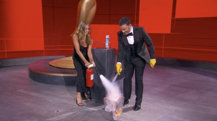 Jennifer Aniston and Jimmy Kimmel at the 72nd Annual Emmy Awards