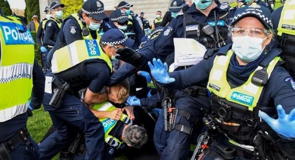 Melbourne Police Crackdown on COVID Protesters