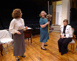 Diane Greenwood, Sara Laufer, and Heidi Pedersen in The Mousetrap