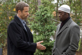 Guy Pearce and Don Cheadle in Traitor