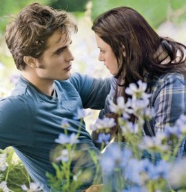 Robert Pattinson and Kristen Stewart in The Twilight Saga: Eclipse