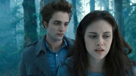 Robert Pattinson and Kristen Stewart in Twilight