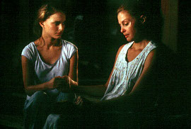 Natalie Portman and Ashley Judd in Where the Heart Is