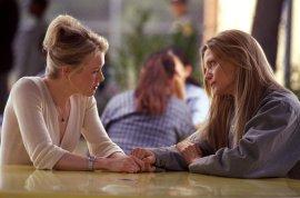 Renee Zellweger and Michelle Pfeiffer in White Oleander